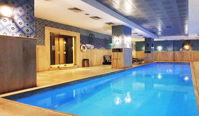 Benefit Health Club, yüzme havuzlu spor salonunu Sporcard ile deneyin!