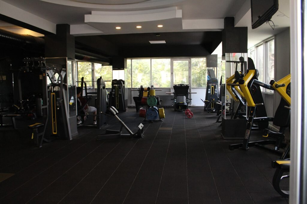 gold-power-gym