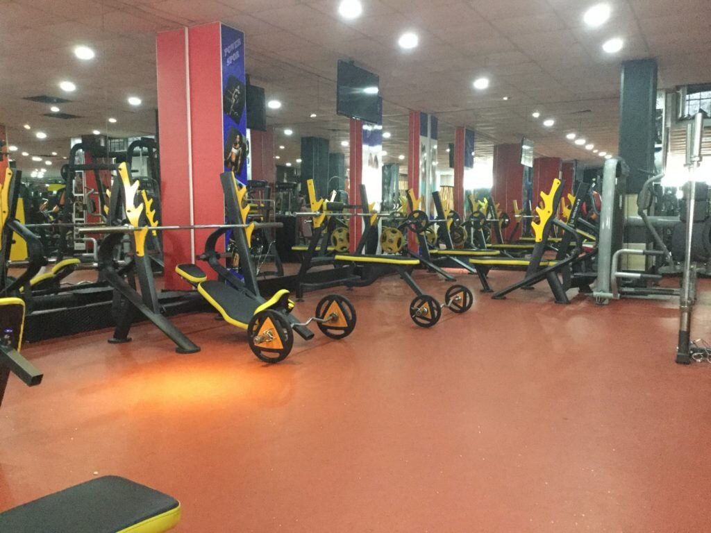 power-spor-fitness-salonu