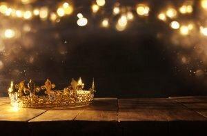 Karın Egzersizlerinin Kralı ve Kraliçesi: Yan Plank ve Şınav