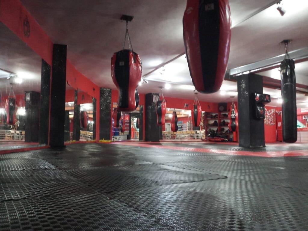 İkizkan Spor Kulübü Kick Boks dersleri